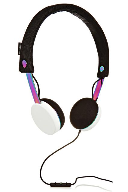 Help! My Headphones Hurt My Ears #refinery29  http://www.refinery29.com/comfortable-headphones#slide5  Marc by Marc Jacobs teamed up with Urbanears on the iridescent metal headphones shown here. The detachable canvas headband and ear cushions are machine washable.