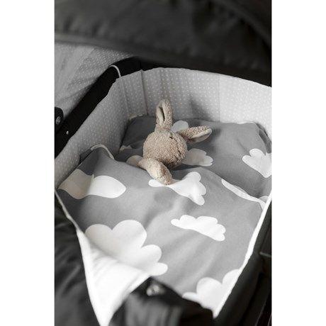 Mysiga sängkläder med moln, för barnvagn eller vagga!