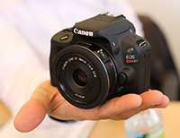 Win an amazing Canon EOS Rebel SL1(and more!) at our Twitter Chat on Monday, February 3, 2014! #AfLKids