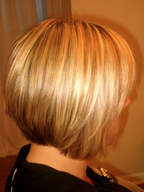 highlighted hair styles graduated bob 2014 hairstylegalleries 5817