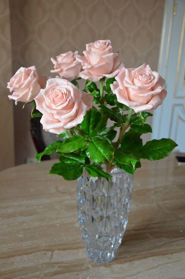 Larysa Fomenko Roses Handmade.Cold Porcelain