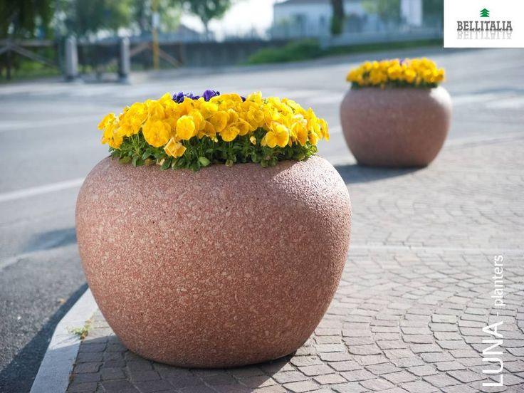 Luna planter bellitalia street furniture arredo urbano for Bellitalia arredo urbano