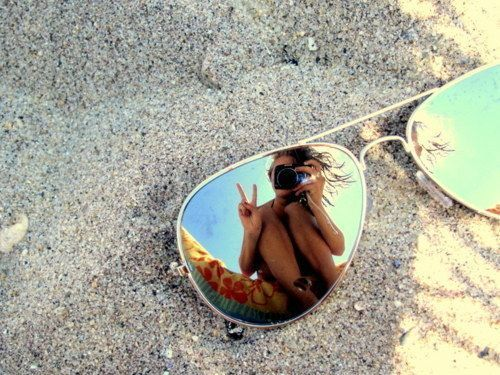 Summer FUN! Reflective shot in a pair of aviator sunglasses #photography