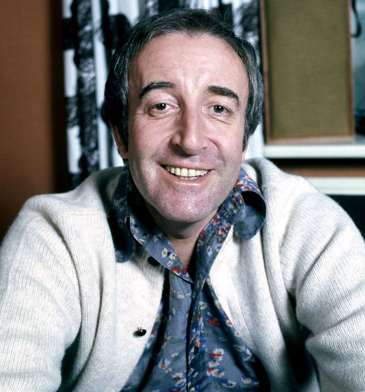 Peter Sellers in his Belgravia home 1973 - The Viewer's Guide
