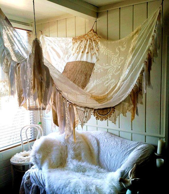 Shabby Chic rustieke bed Canopy boho wedding Boheemse hippie vtg sjaals Gypsy hippie lappendeken tuin Decor gordijn foto prop achtergrond Fringe