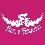 Fast & Fabulous, een team van stoere vrouwen met roze shirtjes en nagellak, eigen materiaalvrouw en logistiek begeleidsters. Wij fietsen voor al die moedige kinderen in het ziekenhuis en hun ouders in een Ronald McDonald Huis. Wij doen op 28/29 juni mee aan HomeRide 2014