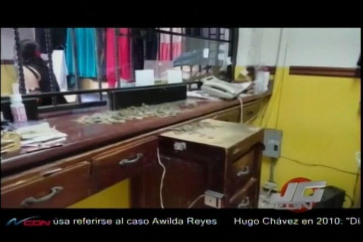 Dos Hombres Y Dos Mujeres Asaltaron Tienda En El Centro Histórico De Santiago Y Cargaron Con Un Millón 200 Mil Pesos