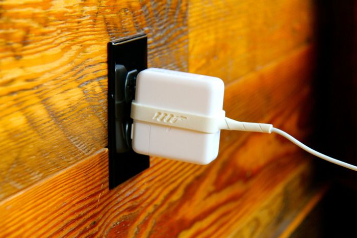 Python Cords - Protect & Organize your Mac & PC Charger by Elliott Snyder — Kickstarter