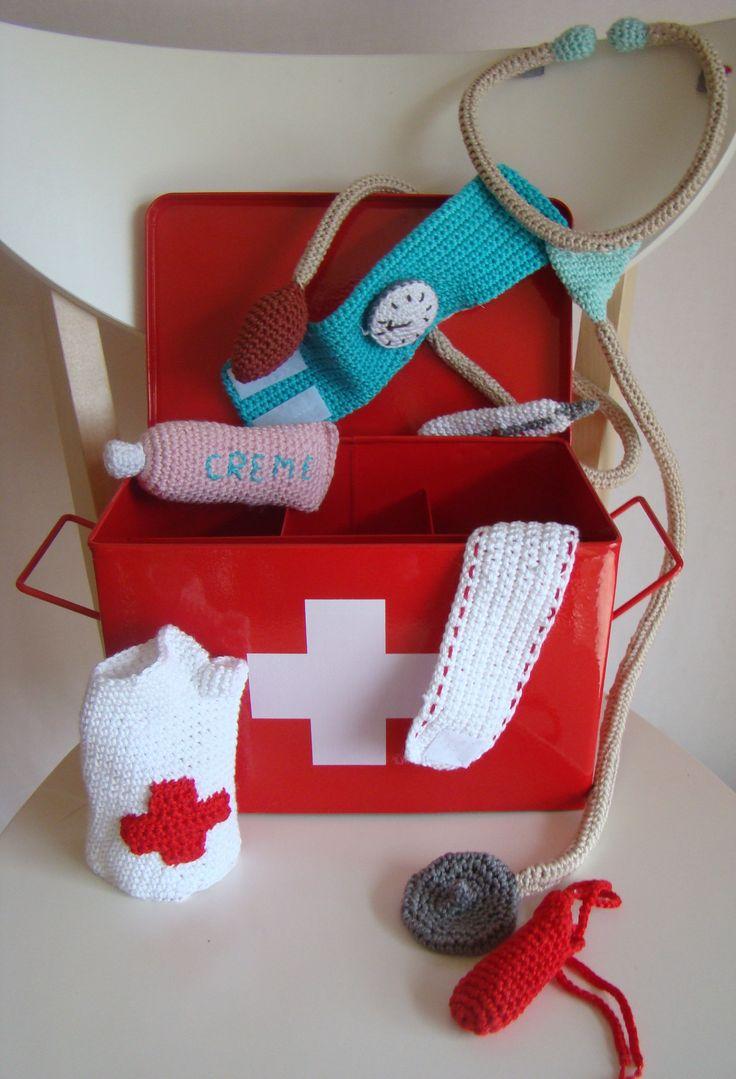 ensemble de matériel médical en vente sur Etsy
