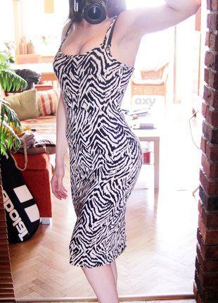 Kup mój przedmiot na #vintedpl http://www.vinted.pl/damska-odziez/dlugie-sukienki/18911283-3-za-2-wzorzysta-olowkowa-sukienka-midi