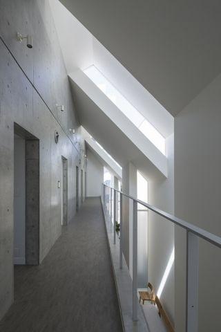 Asahicho clinic's segmented facade introduces diffused daylight - News - Frameweb
