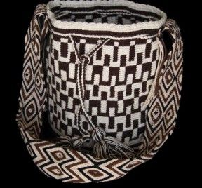 DARK WAYUU BAG – DESIGN # 5 #Handbags #crochetPatterns #backpack #boho #fashion #Mochila #Bolsa #Yoga #Crochet #Knit #yarn #moda #mode #handbag #streetstyle #bucketbag #LaGuajira #crochet #bagbeach #style #artesanias #indigenous #wayuupeopple
