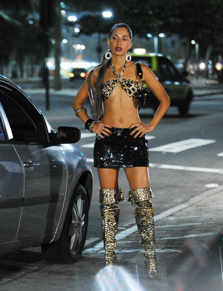 Paolla Oliveira vive prostituta na TV. Veja atrizes que já brilharam no papel!