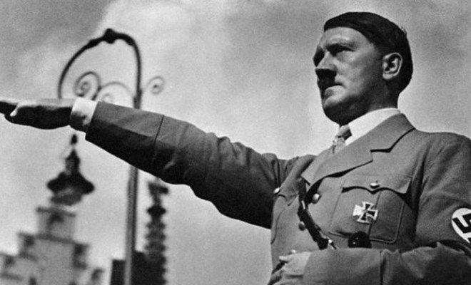Nazismo: una vera e propria religione atta ad esaltare una razza che sarebbe stata superiore a tutte le altre e che avrebbe dominato il mondo.