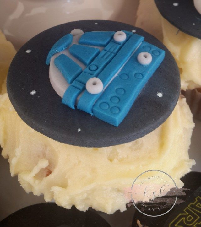 Star Wars Party R2D2 Cupcake topper