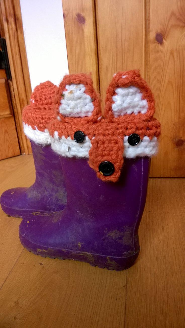 Fox boot socks!! Cute :)
