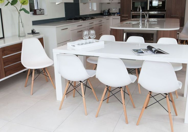 12 Sitzer Esstisch - Esstische gibt es in verschiedenen Größen - ebay kleinanzeigen küchen zu verschenken