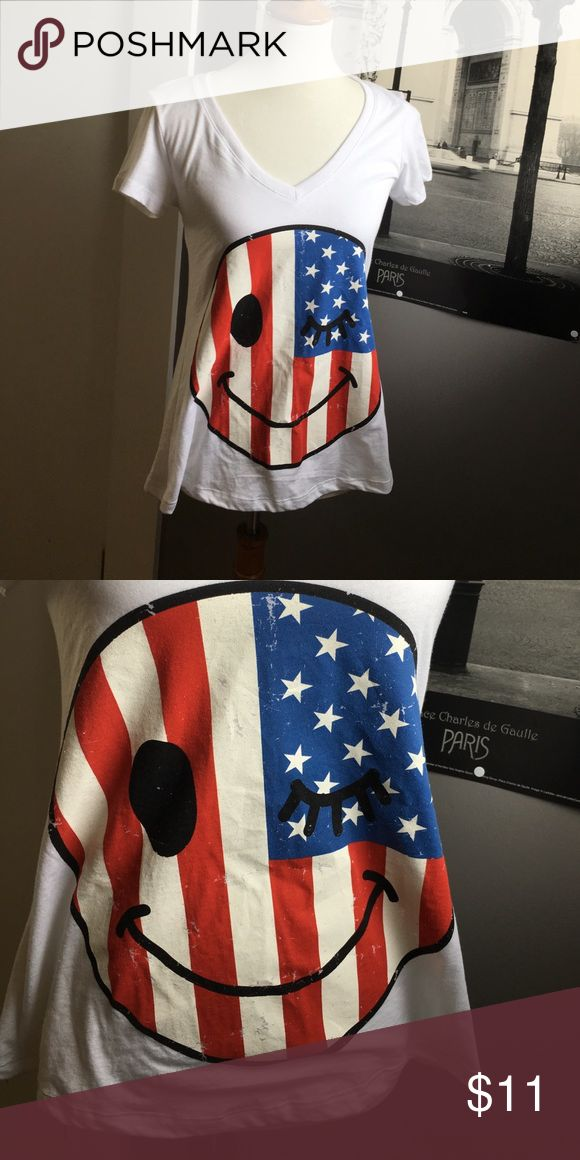 ANERICAN FLAG SMILEY FACE V NECK | NWT | Face has a vintage chipped paint look to it | v neck | Tops Tees - Short Sleeve