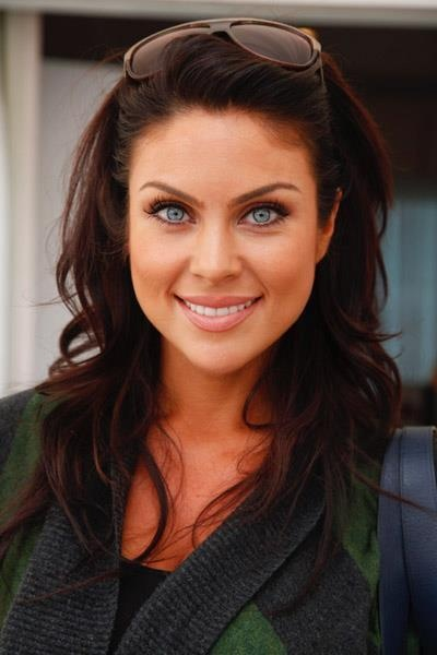 Nadia Bjorlin...Simple Beauty
