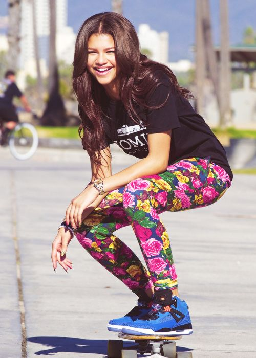 Zendaya always has pretty girl swag SHE IS AMAZING