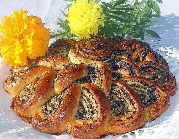 шеф-повар Одноклассники: Очень эффектный пирог-рулет с маком, да еще и вкус...