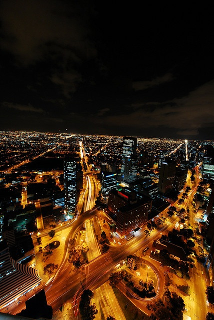 Bogota Nocturna by mao !!!, via Flickr