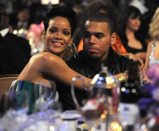 Chris Brown harto de que Rihanna hable de la paliza que le dio    http://www.europapress.es/chance/gente/noticia-chris-brown-harto-rihanna-hable-paliza-le-propino-pasado-20120817144051.html