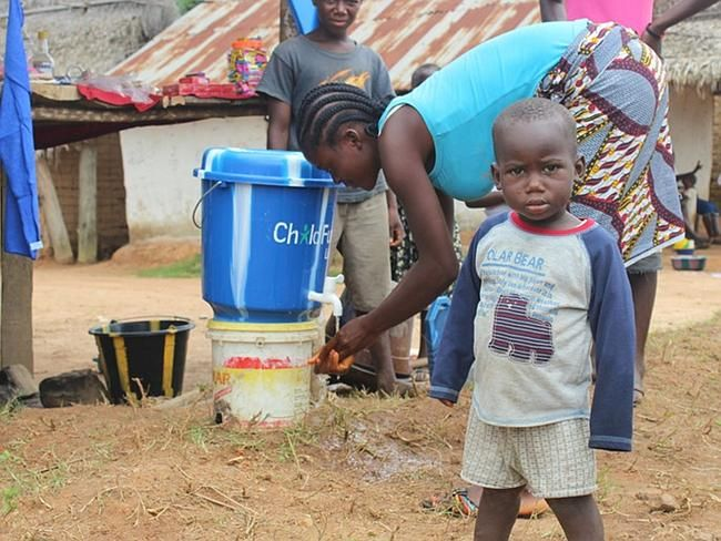 In communities in #Liberia and #SierraLeone ChildFund is providing water for hand-washing and hygiene kits to protect children and familie from #Ebola