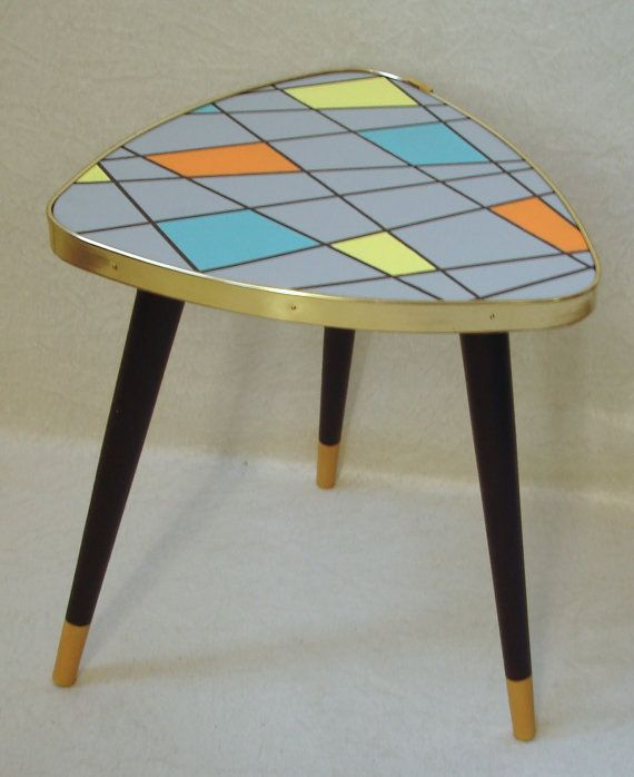 60s Tripod END TABLE, Triangle Mini Coffe Table, Mondrian Style, Rockabilly  Mod Era