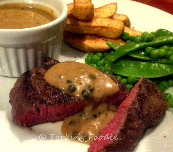 Forking Foodie: Perfectly Rich and Creamy Peppercorn Sauce for Steak