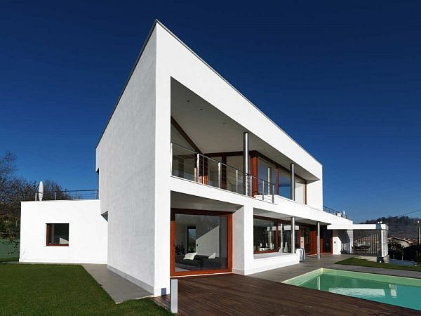 O casa in stil contemporan din nordul Italiei