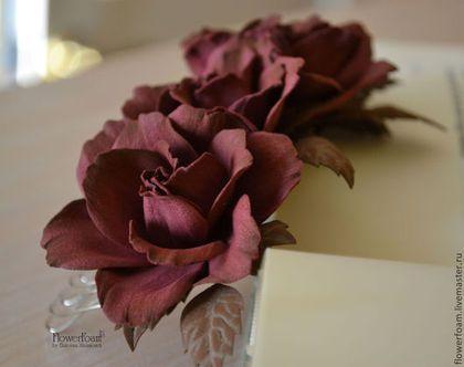 """Цветы из фоамирана. Гребень для волос """"Chocolate Cherry"""" - бордовый,бордо"""