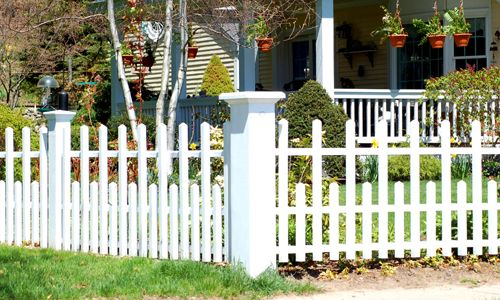 Fence Pictures: Fence Pictures: Canterbury-Style Vinyl Fences