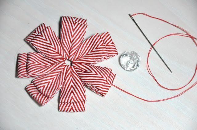 DIY Ribbon Flower Tutorial DIY Ribbon Flowers