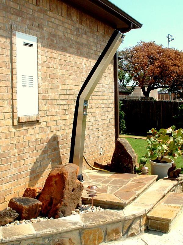 Wellness Spa Die Dusche Fur Den Garten Solar Wie Wasserfall