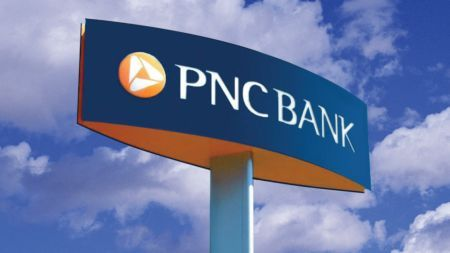PNC bank working hours schedule and services