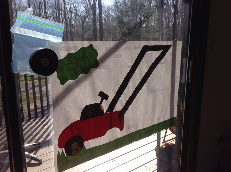 Pin the wheel on the lawn mower