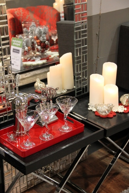 Holiday Decorating at The Interior Decorating Show. http://pinterest.com/intlhomeshow/