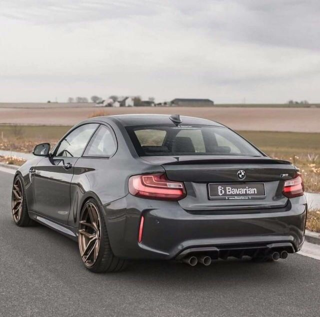 OMG that assss! The brand new M2, just perfect.