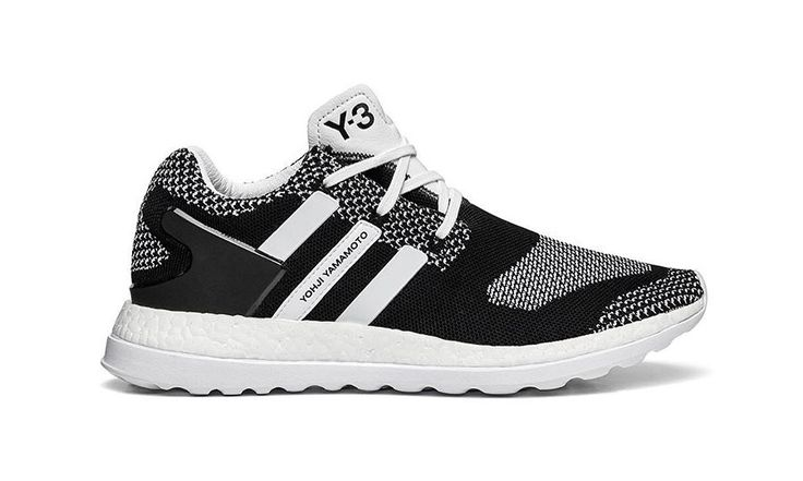 We first previewed the sneaker a few months ago folowing the Y-3 Spring/Summer 2016 Paris runway show, and now we take a closer look at the much anticipated Primeknit Pure Boost ZG. The collaborative project between the Three Stripes and Yohji Yamamoto once again does a great job building on its strong foundations, while adding new footwear technologies and …