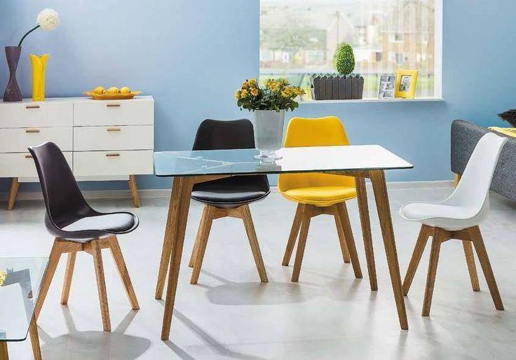 A székek nélkülözhetetlen részei minden otthonnak. Csalódásmentes székvásárlásra hívunk. A Kris szék stílusában ugyan az 50-es évekre emlékeztet, de mégis könnyed és elegáns.  Akárhová is helyezed el a lakásban, formája, stílusa jókedvre hangol. Leginkább a vintage stílusú belső terekbe illik. Egyszerű, ergonomikus és stabil kialakítású, pont olyan kényelmes, amilyenre vágysz. Tartós és könnyen tisztán tartható.  Ajánljuk baráti beszélgetésekhez és étkezésekhez, étkezőbe, konyhába…