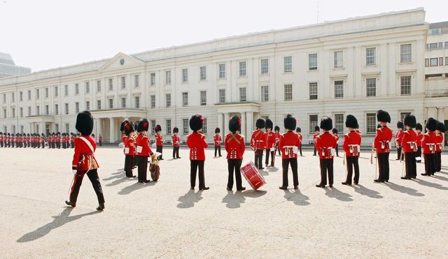 Free Things to Do in London: Observe the Changing of the Guard