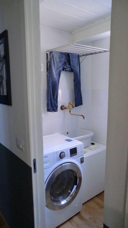 oltre 25 fantastiche idee su lavanderia in bagno su pinterest lavanderia bagno combo armadio. Black Bedroom Furniture Sets. Home Design Ideas