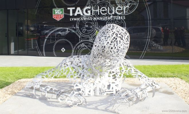 Tag Heuer Adam Sculpture  Dick Georges Creatives- Creative Director of MBB Events Shaun Evans  The sculpture was made out of individually welded stainless steel laser cut formulae that were individually placed, moulded and welded into position to create the iconic pose of the watch maker working