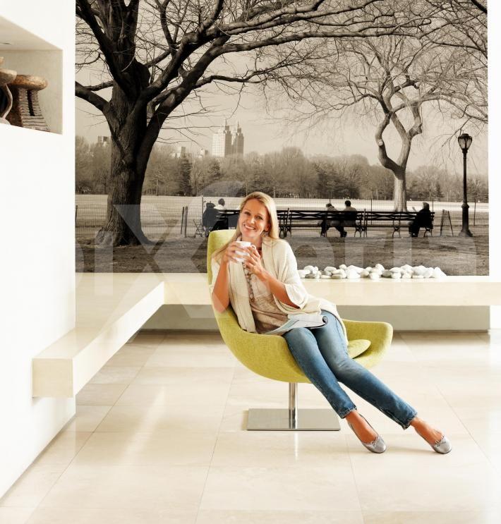Fototapete für´s Wohnzimmer - schwarz-weiße Motive für großformatige Wanddekorationen