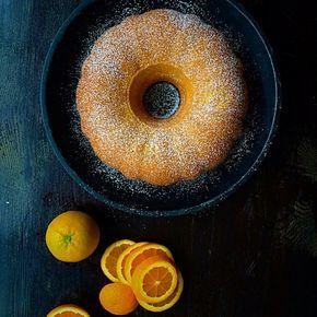 En mycket god variant på mjuk sockerkaka med en härlig smak av apelsin. Det bästa är att den är så lätt att göra.