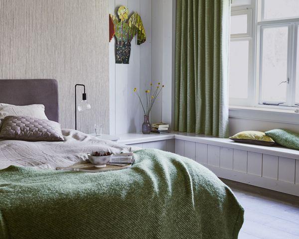 25 beste ideen over Slaapkamer behang alleen op