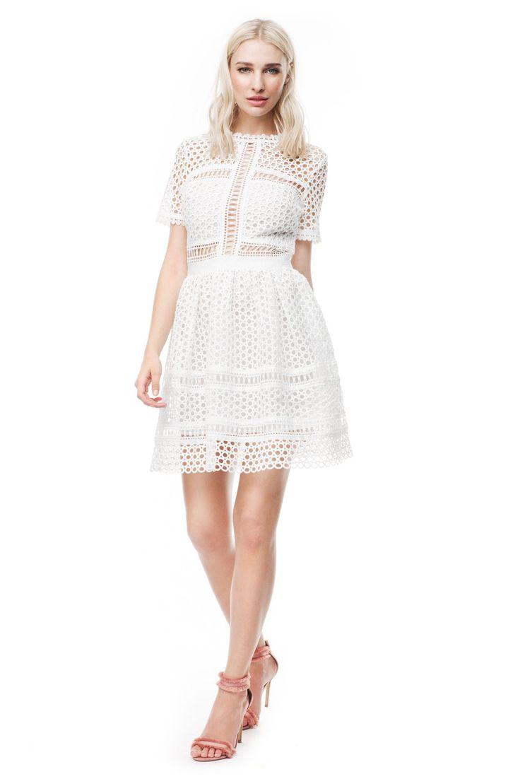 25 best Brautkleid images on Pinterest | Short wedding gowns ...