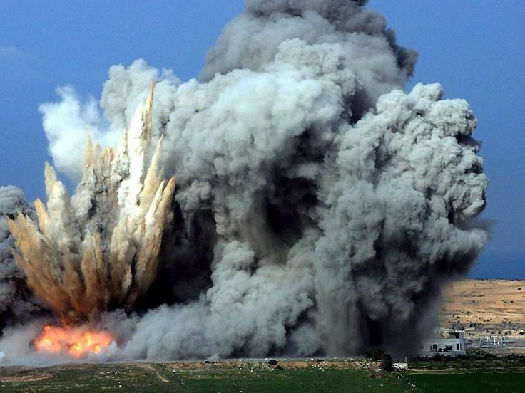 Pavel Wolberg: misiles explotan en la franja de Gaza