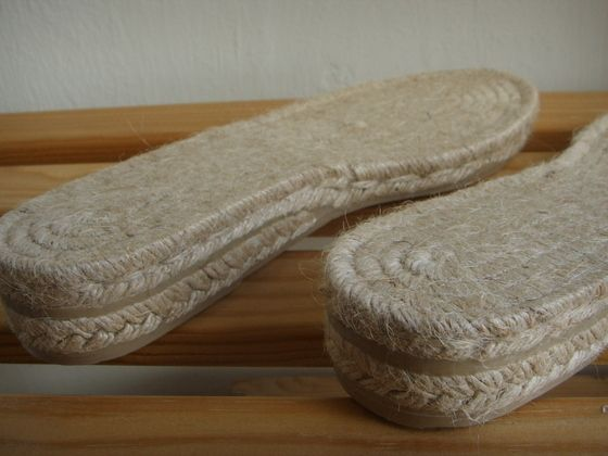 Many different espadrille soles and short How to make your espadrille.